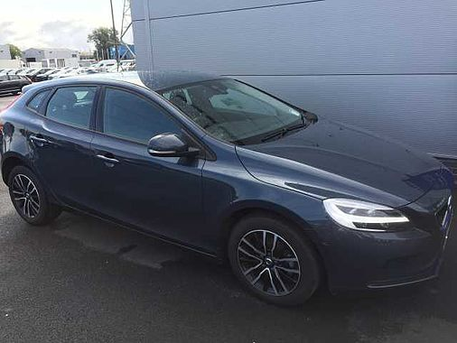 2017 (172) Volvo V40 D2 Momentum Manual