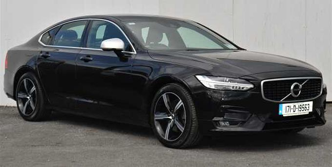 Volvo S90 D3 R-Design ( Heated seats , Heated windscreen, Smart phone intergration )