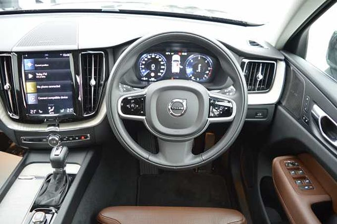 Volvo XC60 II D4 FWD Inscription Automatic